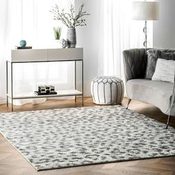 nuLOOM Contemporary Modern Animal Leopard Print Area Rug in