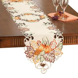 Embroidered Pumpkin Autumn Leaves Scalloped Edge Table Linen
