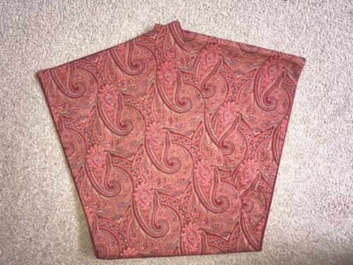 new maroon paisley fall colored table runner