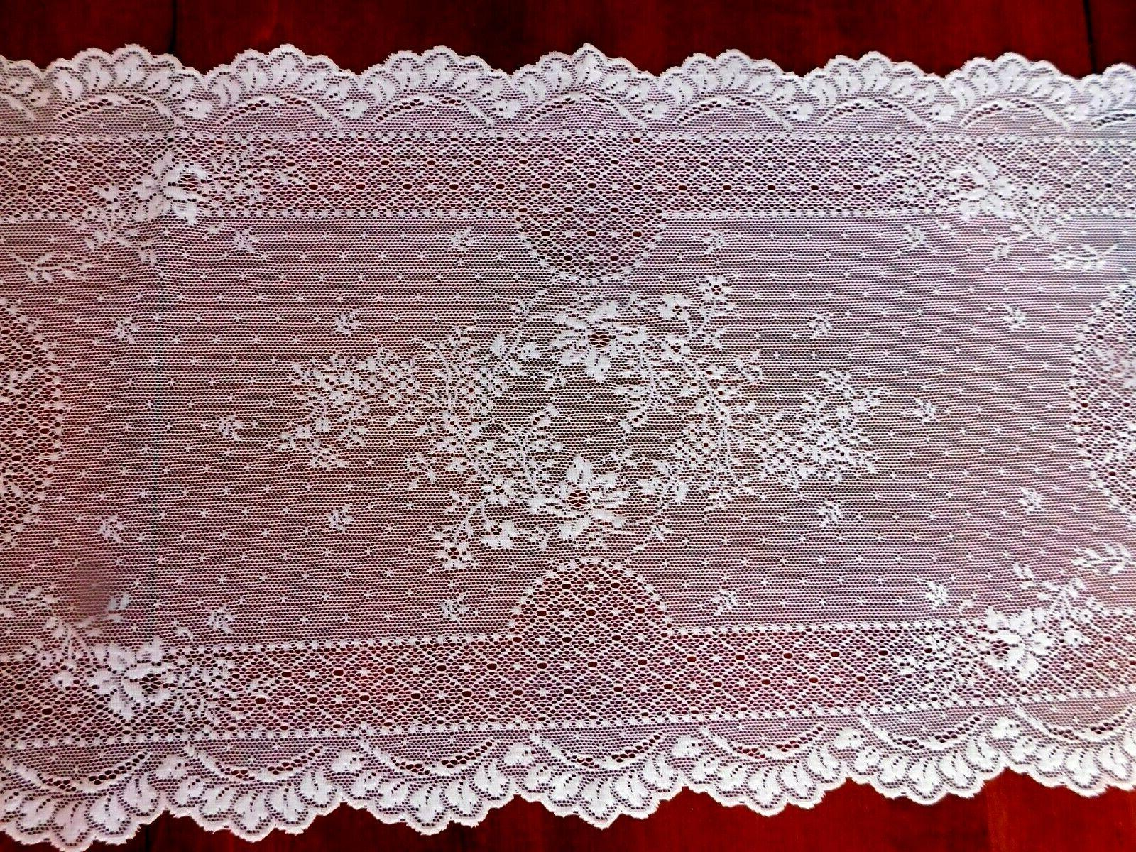 """Heritage WHITE FLORET 14"""" New with"""