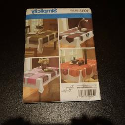 Simplicity Pattern 3903 Table Runners UC FF
